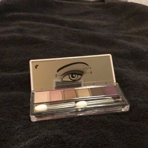 New Clinique 6 Color Eyeshadow Palette